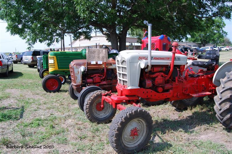 Tractors (Medium)
